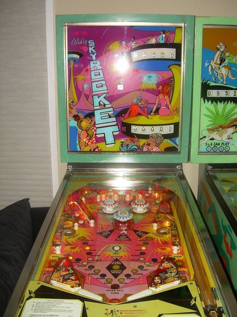 Skyrocket was the second, and final, traditional pinball machine Bally produced with a Harry Williams design
